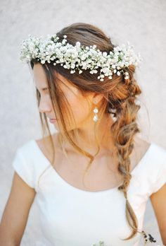 wianek ślubny z białych kwiatów - poradnik ślubny wedding planner